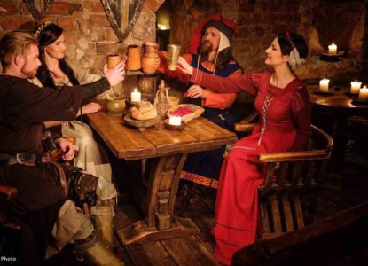 Middeleewse bar bewerkt